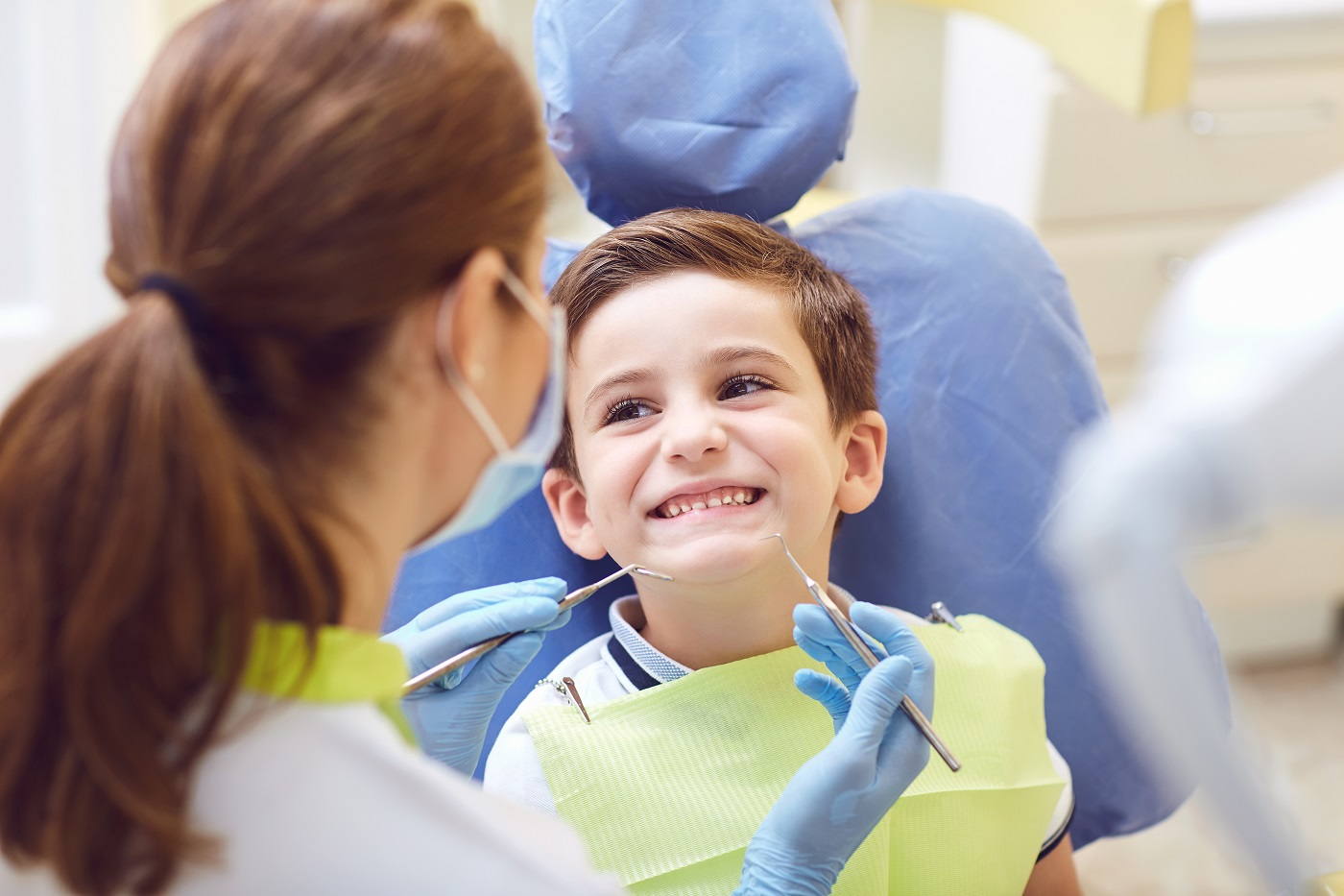 Jak zapobiegać próchnicy zębów