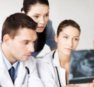 Leczenie zespołowe dentystów