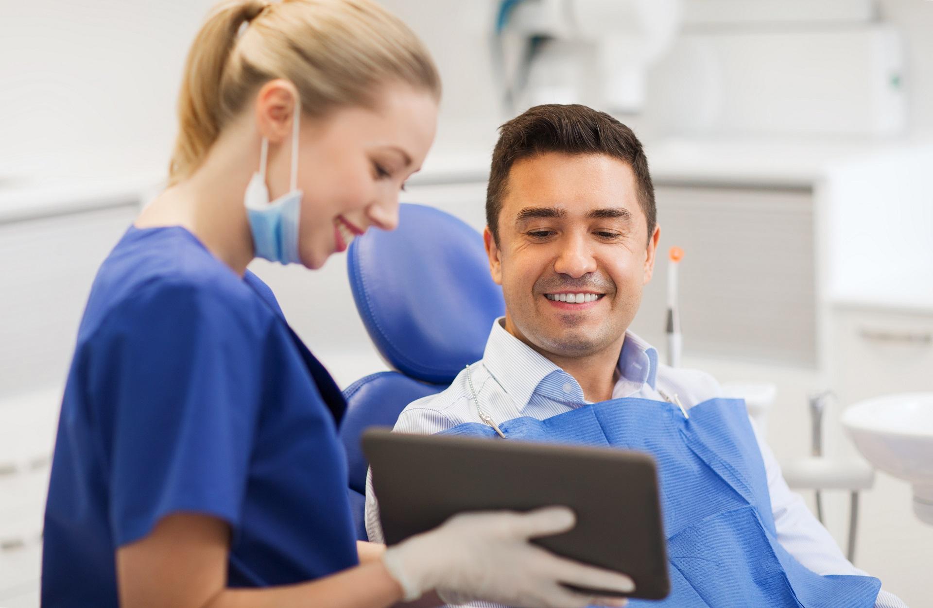 Konsultacja protetyczno-implantologiczna